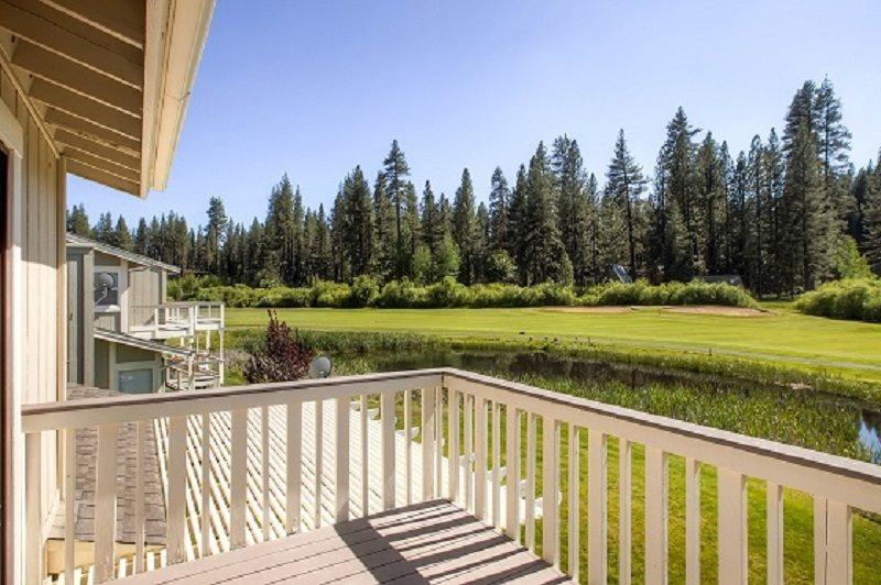 #15 ASPEN The Vacation Retreat! $185.00-$220.00 BASED ON FOUR PEOPLE OCCUPANCY AND NUMBER OF NIGHTS. (plus county tax, SDI, and processing fee) - Image 1 - Plumas County - rentals