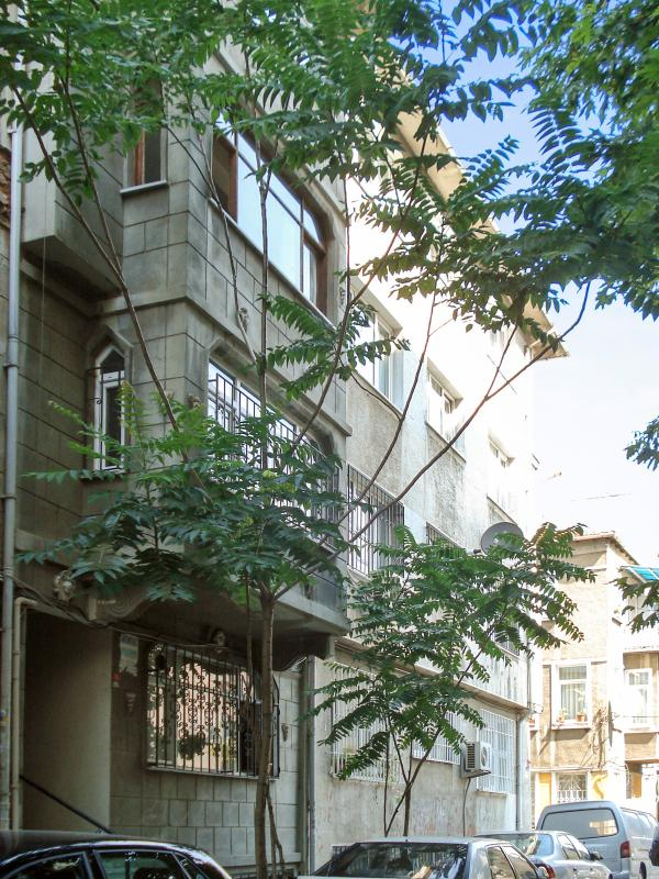 Calm and comfortable city apartment in the heart of Istanbul with 3 bedrooms - Image 1 - Istanbul - rentals