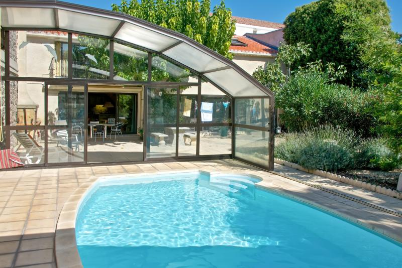 Charming Marseillan apartment with garden and pool for 5 people - Image 1 - Marseillan - rentals