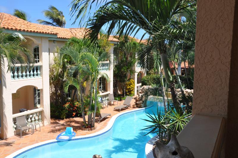 2nd floor retreat - Image 1 - Palm/Eagle Beach - rentals