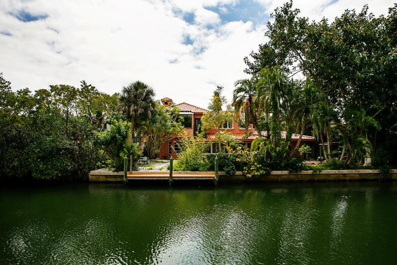 Villa on the canal. - Island Villa on Canal by beach - Longboat Key - rentals