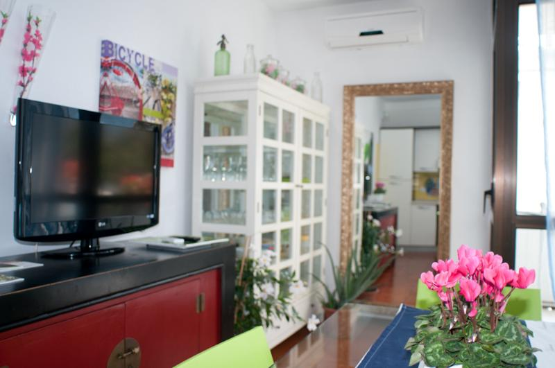 Tami Holidays - living room - Emanuele - 1 bedroom - 3 guests - Vittorio Veneto - rentals