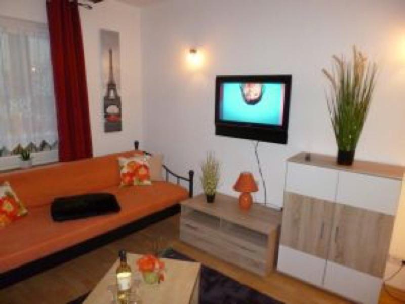 Living Room (1) - Vacation Apartment in Koblenz - 990 sqft, newly remodeled, comfortable, WiFi (# 154) - Koblenz - rentals