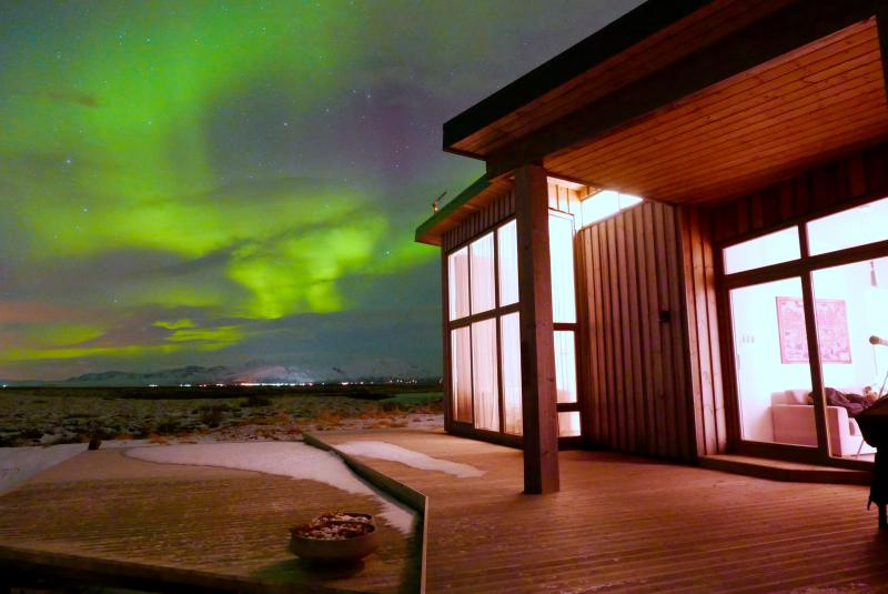 """it's all about the lights""  Watch the Northern Lights Dance across the sky - Riverfront Cottage Beautiful View - Selfoss - rentals"