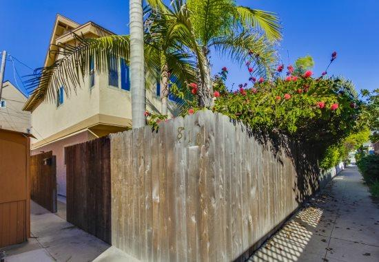 Mission Beach 3 bedroom house only one block from the ocean and a half a block to Sail Bay - Donna's Beach Retreat in Mission Beach - Pacific Beach - rentals