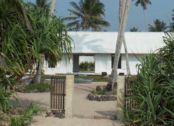 Olu Beach Villa, enchanting ocean front villa - Image 1 - Hikkaduwa - rentals