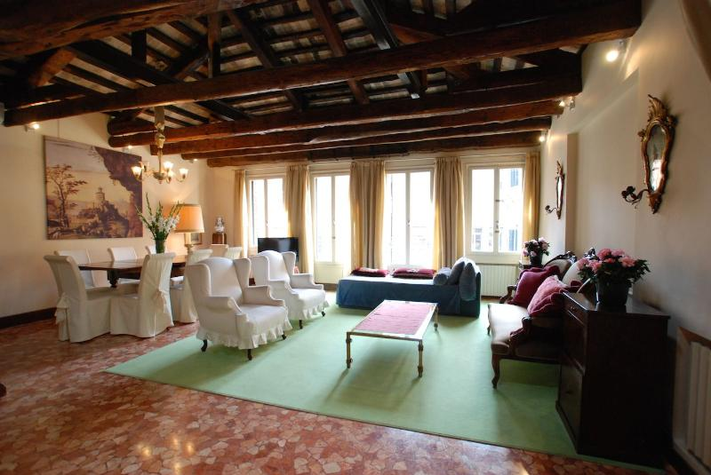 Mocenigo apartment Venice, a huge living room - Mocenigo - Venice - rentals