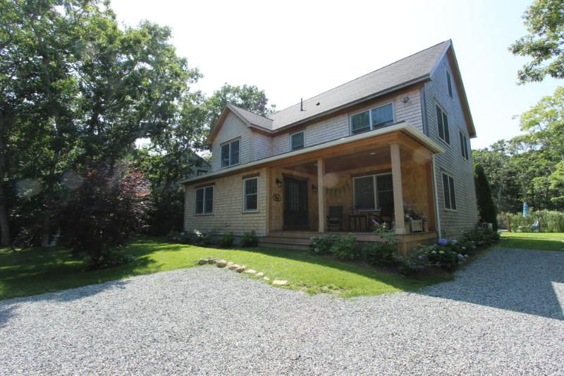 #7724 Pristine condition rental home w/ luxurious features - Image 1 - Gay Head - rentals