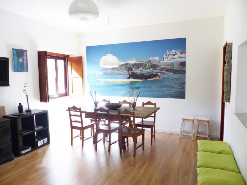 Living / Dining Room - Casa de Surf - Guest House - Sintra - rentals