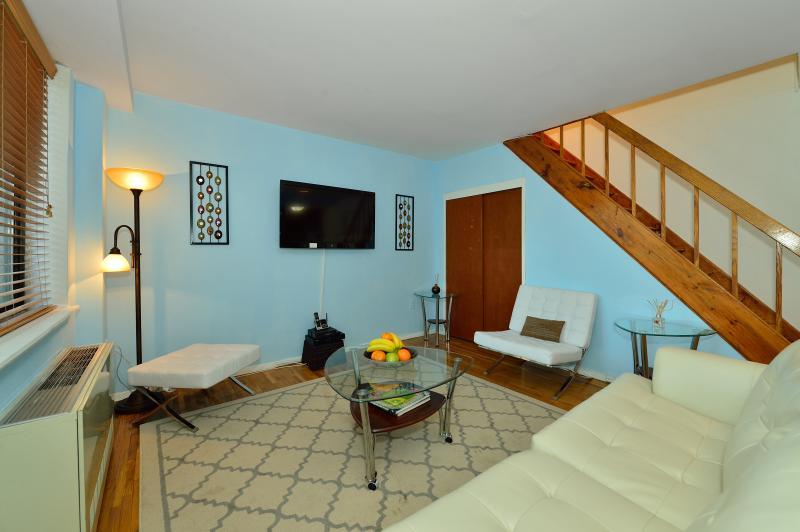 Penhouse 1Bedroom / Sleep 4 / Terrace / Elevator - Image 1 - New York City - rentals