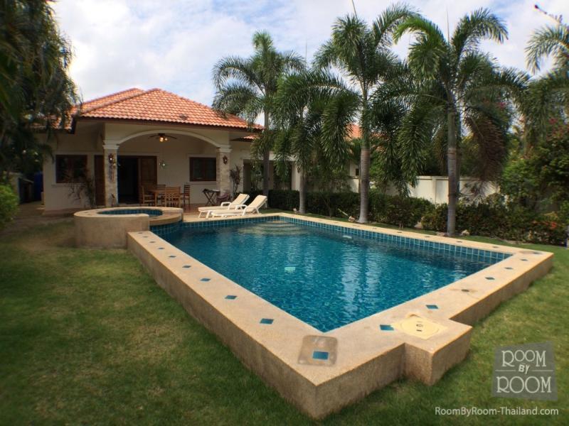 Villas for rent in Hua Hin: V5344 - Image 1 - Hua Hin - rentals