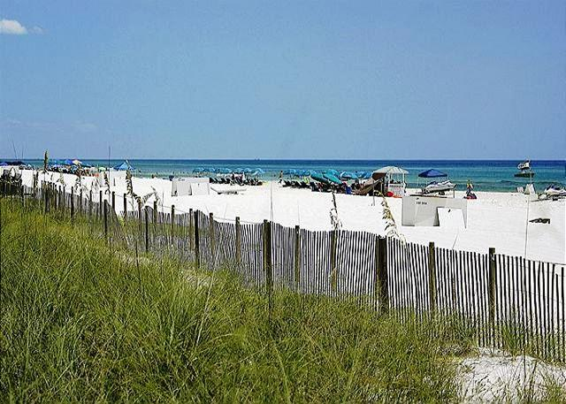 BEACHFRONT FOR 8!  GREAT VIEWS! OPEN 6/21-6/28! CALL NOW BEFORE IT'S GONE! - Image 1 - Panama City Beach - rentals