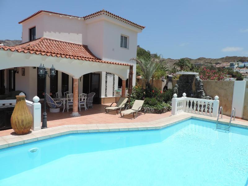 Amazing Villa in Gran Canaria - Image 1 - La Playa de Tauro - rentals
