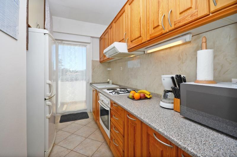 Apartment Katica - 68191-A1 - Image 1 - Malinska - rentals