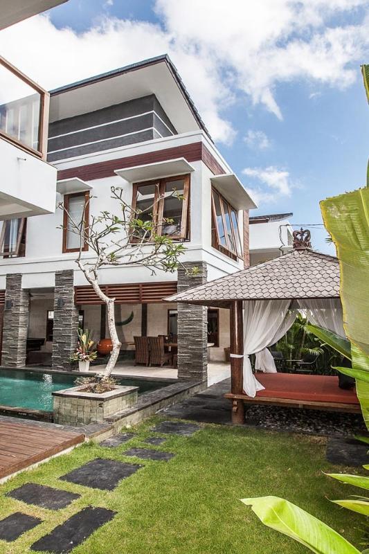 2 Bedroom Club 9 Residence in front of Canggu Club - Image 1 - Seminyak - rentals