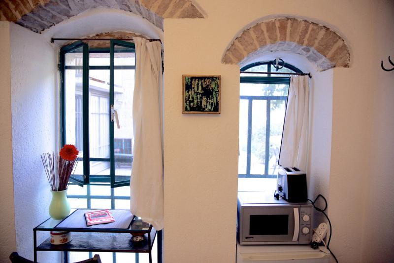 The Studio - Central Green & Private. 1 room unit - Image 1 - Gedera - rentals