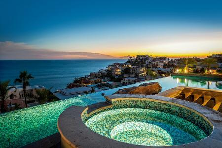Ocean view Andaluza- near beach with infinity pool- jacuzzi, superb staff - Image 1 - Cabo San Lucas - rentals