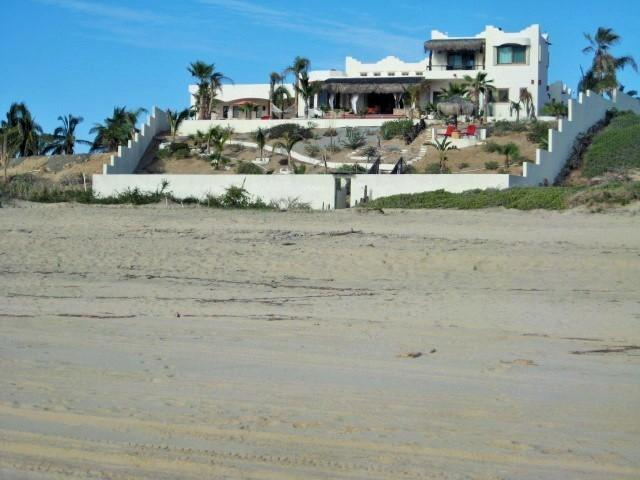 New West Wing 2015 addition to the far left of photo - Beachfront two Casitas - Todos Santos - rentals