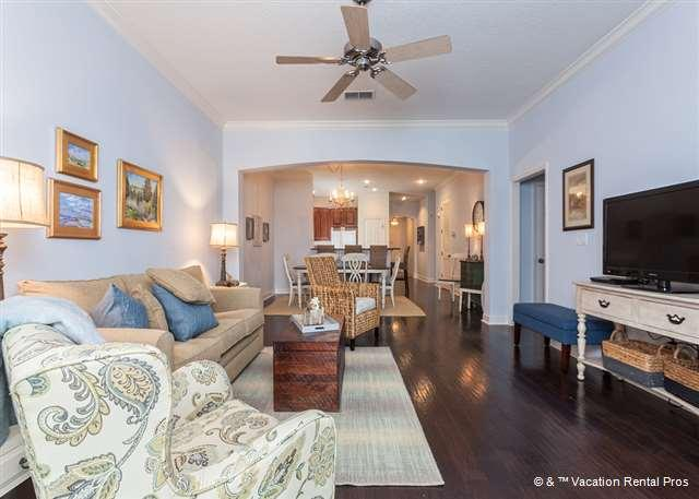 Get cozy in the living room and watch a movie classic on the TV! - 934 Cinnamon Beach, 2 heated pools, Wifi, HDTV/DVR, sleeps 11 - Palm Coast - rentals