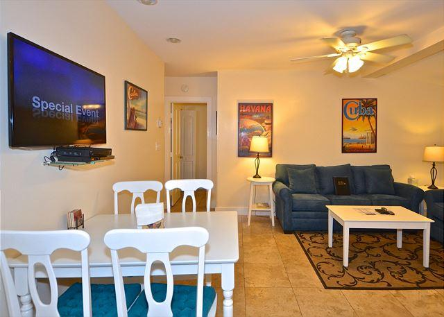 """SEA BREEZE""  - Luxurious 2/1 Condo in Old Town, A Parrot Heads Paradise! - Image 1 - Key West - rentals"