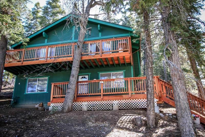 Brett's Surf Retreat ($149/nt Special) #1064 - Image 1 - Big Bear Lake - rentals