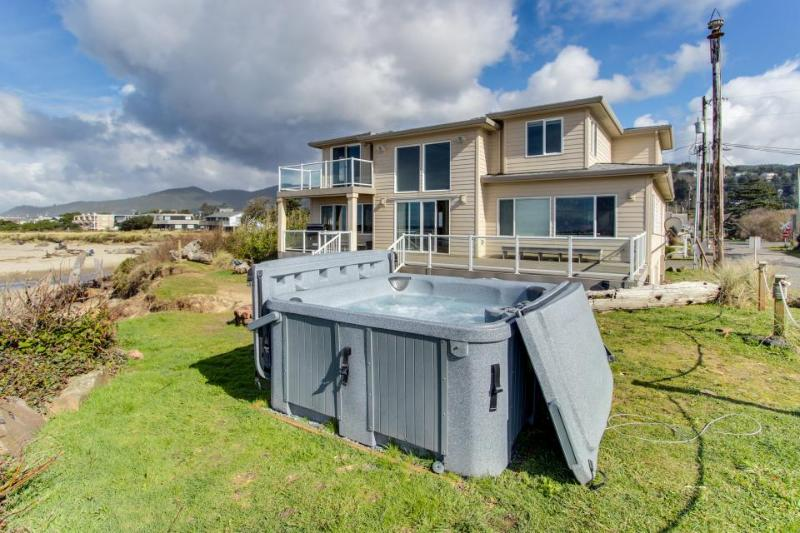 Ocean/river front home, pet-friendly, hot tub, sleeps 25! - Image 1 - Rockaway Beach - rentals