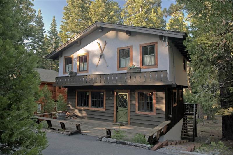 Magical Homewood Chalet - Image 1 - Homewood - rentals