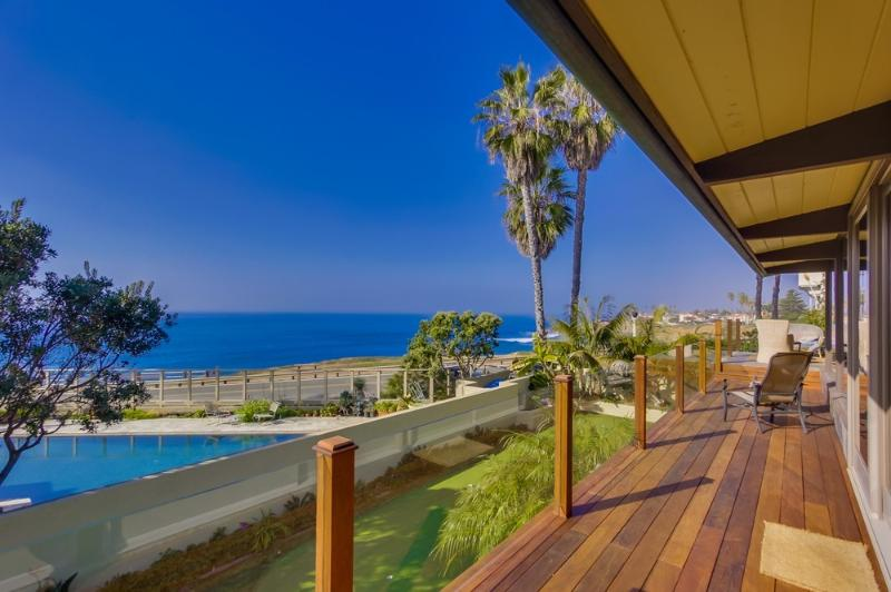 Expansive Whitewater Views from 70 foot long Brazillian Hardwood Deck - Villa Del Sol - Pacific Beach - rentals