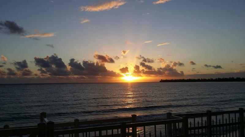 Sunshine - Beachfront apartment for rent in a Luquillo Paradise Beach - Luquillo - rentals