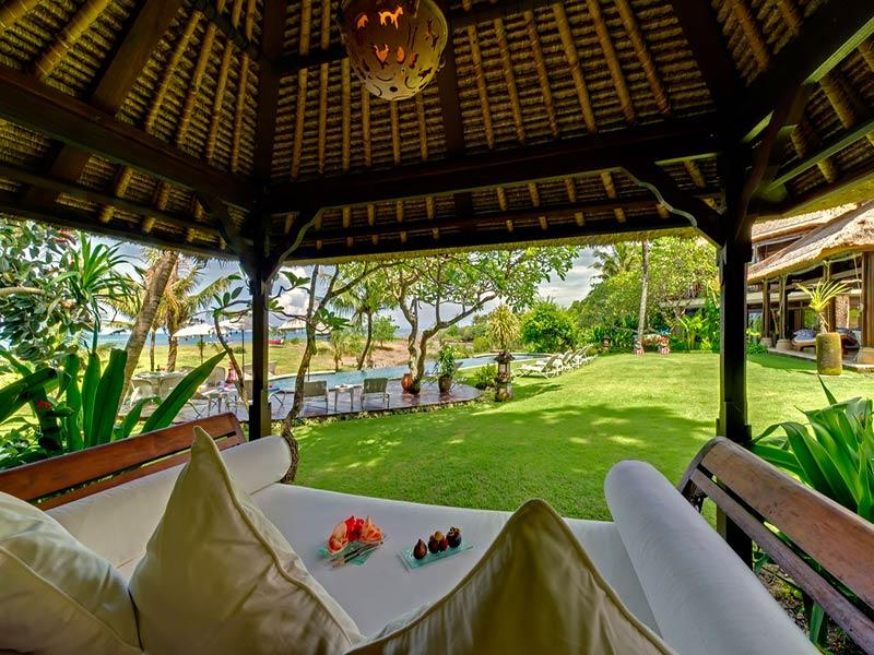 Villa Sungai Tinggi - Garden bale - Sungai Tinggi Beach Villa - an elite haven - Canggu - rentals