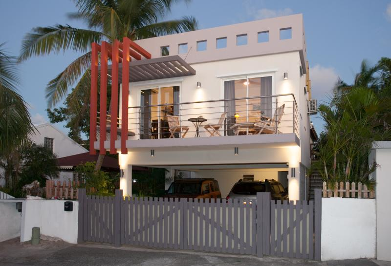 Front view from road - newly painted gate - Simpson Bay Beach  New Modern Luxury 1 Bedroom - Simpson Bay - rentals