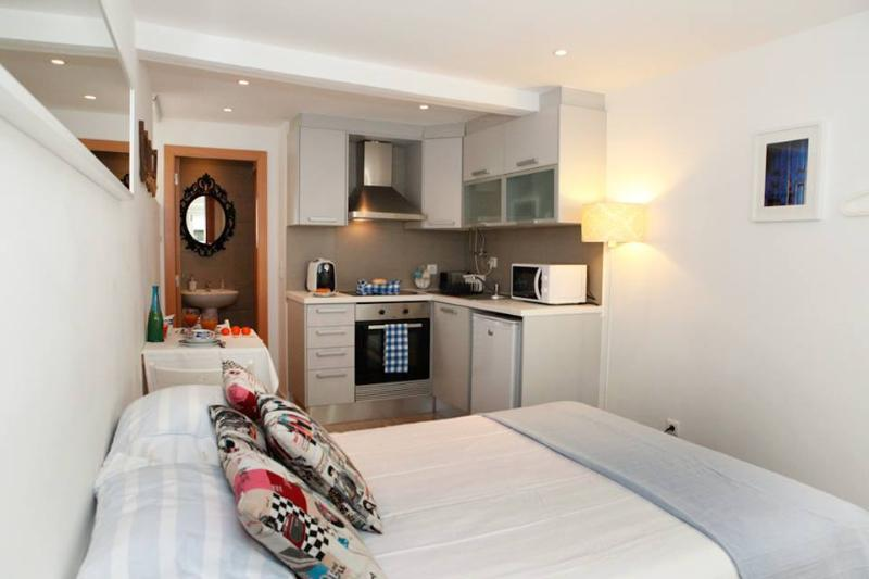 Alfama Blue House - Image 1 - Lisbon - rentals