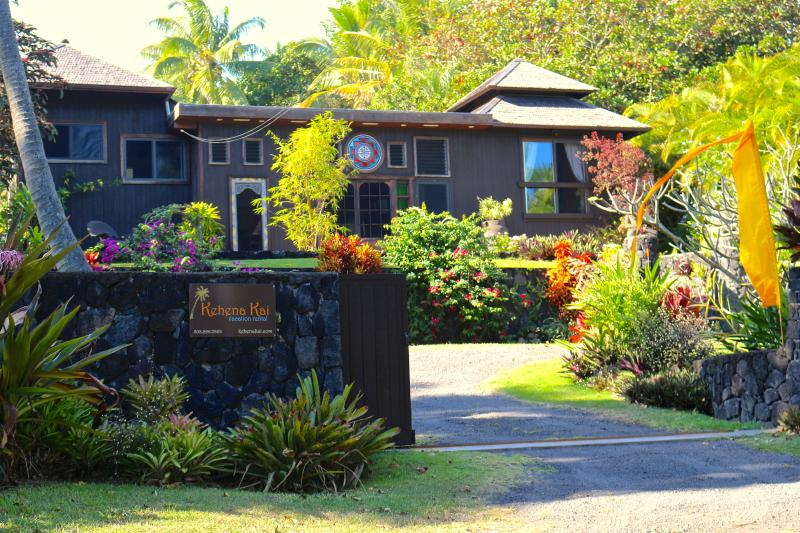 Kehena Kai a Non shared property (no other rentals or guest) & across from the Kehena Beach - Romantic Balinese Home with Ocean Views, Hot Tub & - Pahoa - rentals