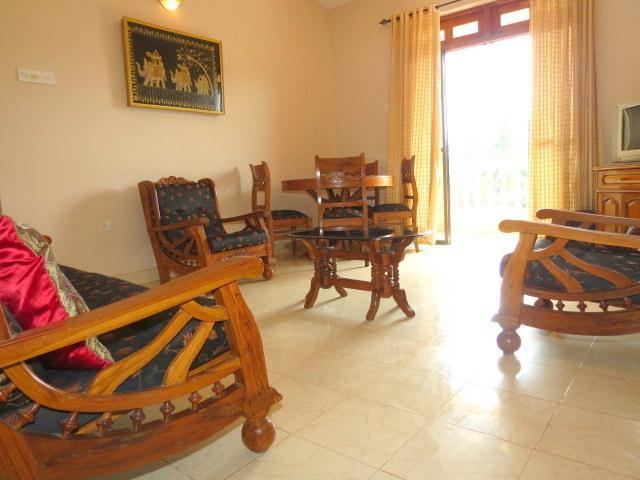 18) 2 Bedroom Apartment Regal Palms, Candolim - Image 1 - Candolim - rentals
