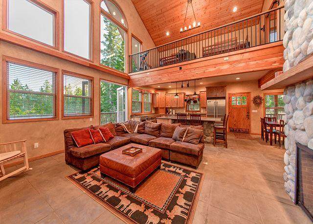 Rocky Mountain Lodge - Stunning Mountain Home! 4BR+Loft | 3BA | Sleeps 12 | 3-for-2 Special! - Cle Elum - rentals