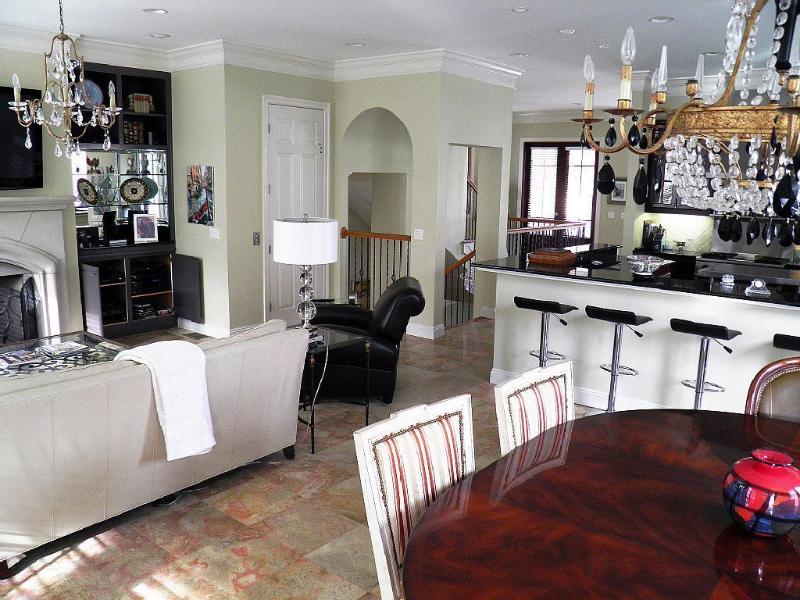 'Destiny Palms' Beach House....6 Bedrooms...Low Ra - Image 1 - Destin - rentals
