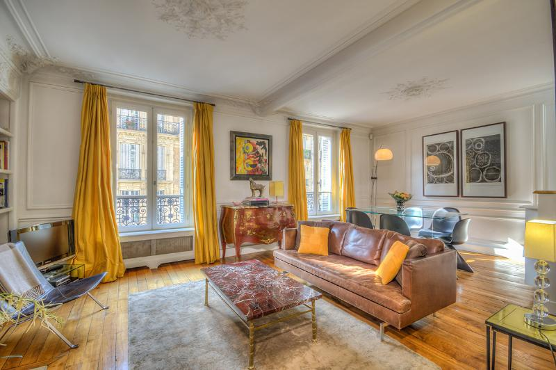 Welcome to Rue du Four! - Charming Luxury Flat in the 6th - Clichy - rentals