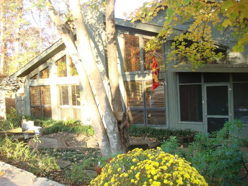 FALL COLORS - Mountain Lake Lodge - Sevier County - rentals