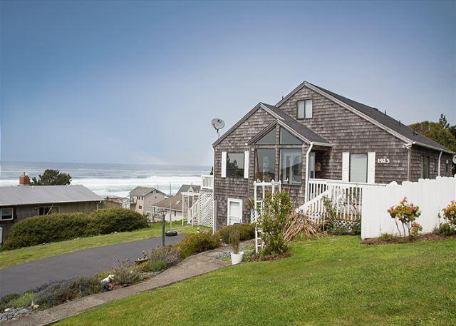 Ocean View Home in Road's End, Great Amenities, Easy Beach Access Nearby - Image 1 - Lincoln City - rentals