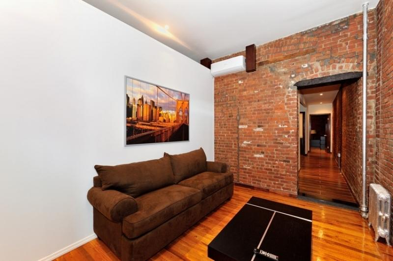 3 bed 2 bath in Times Square #8805 - Image 1 - New York City - rentals
