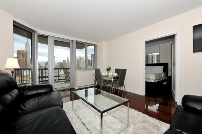 2 bed 2 bath near the Water #8792 - Image 1 - New York City - rentals