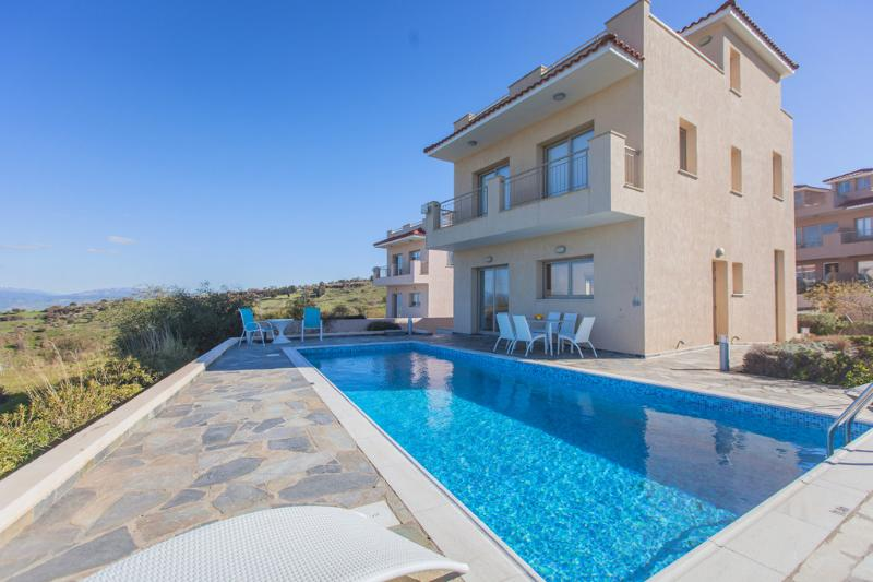 4 Bed Luxury Villa - Jacuzzi   Sauna  Private Pool - Image 1 - Polis - rentals