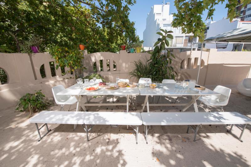Great Terrace with BBQ , lounge and shower - PALERMO HOLLYWOOD AMAZING ART HOUSE GREAT TERRACE - Buenos Aires - rentals