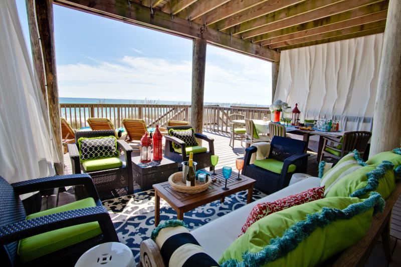 Spacious, comfortable, private beach level deck - Visiting Destin? Try Our Large Home-Private Beach - Destin - rentals
