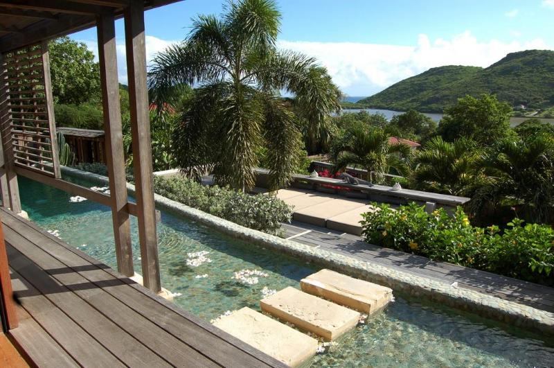 Extraordinary 3 Bedroom Villa in Salines - Image 1 - Salines - rentals