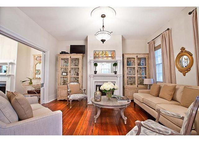 Large historic home perfect for a family gathering or a large group - Image 1 - Savannah - rentals