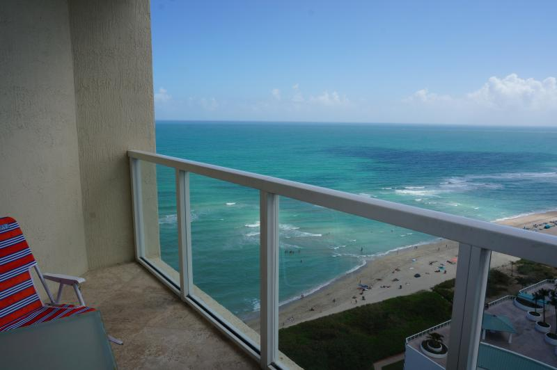 VIEW FROM BALCONY - LA PERLA  GORGEOUS  2/2 BDR ON 22TH FLOOR - Sunny Isles Beach - rentals