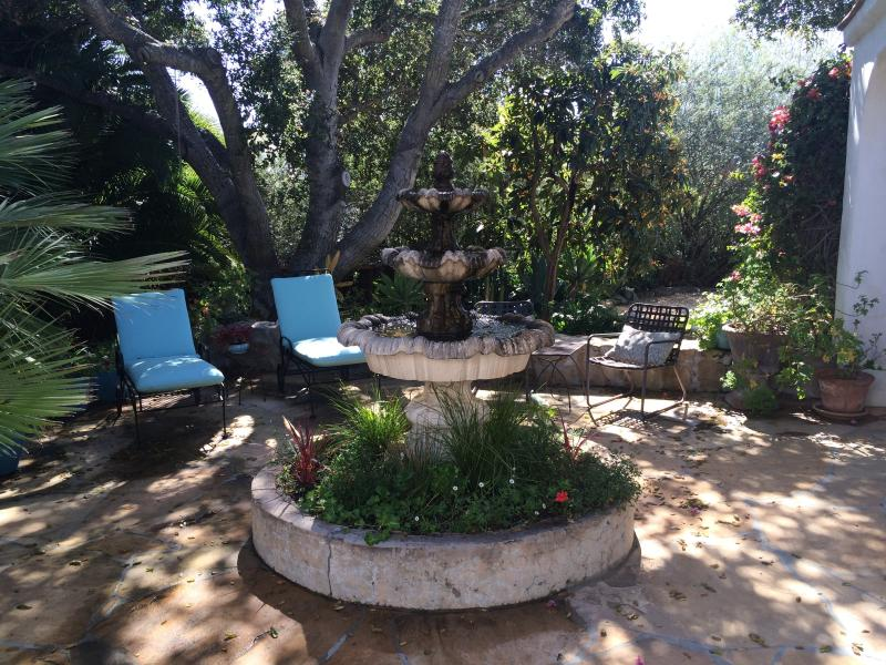Entry Fountain Patio - Sunny Private Downtown Retreat Set In Lush Gardens - Santa Barbara - rentals