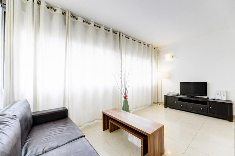 living room - Bright and modern 1br apartment Hayarkon St. - Tel Aviv - rentals