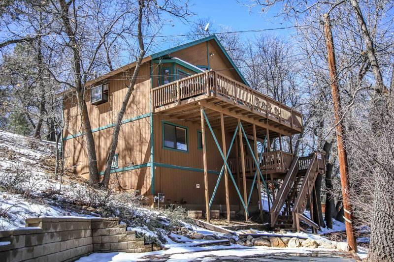 Anastasia's Hideaway   #888 - Image 1 - Big Bear City - rentals